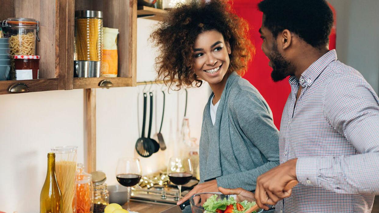 Cocinar juntos: ¿Pesadilla o diversión?