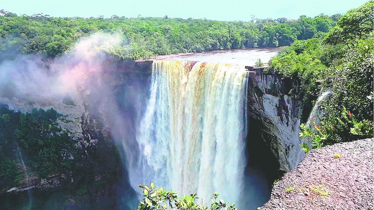 Las cataratas Kaieteur, en la zona del esequibo guyanés