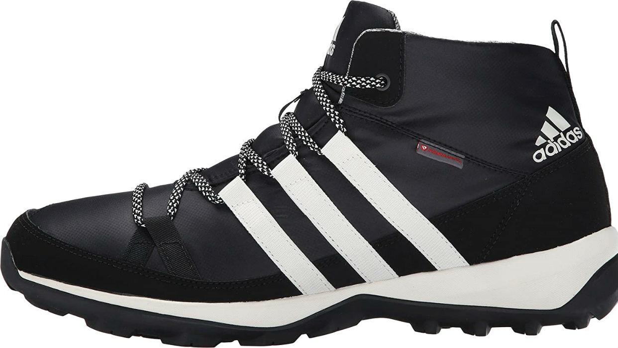 Modelo Daroga Chukka de Adidas