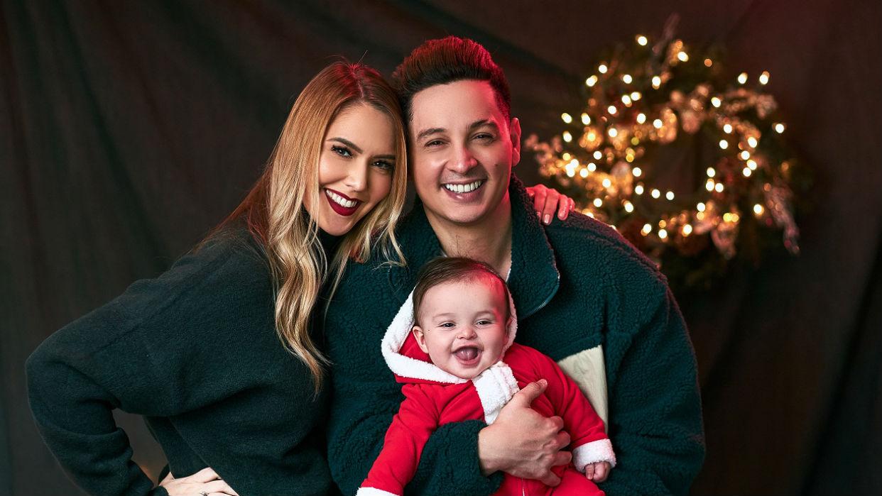 Blanca Aljibes y Víctor Drija disfrutan la magia de la primera Navidad