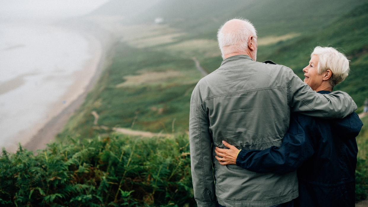 Cada vez más adultos mayores deciden estar en relaciones sentimentales