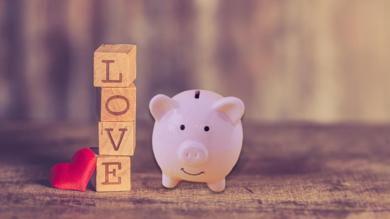 ¿Cómo el amor propio puede ayudarte a organizar tus finanzas?