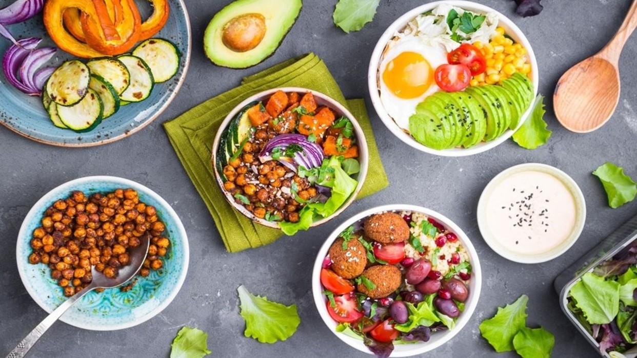 Consulta con un nutricionista antes de cambiar tus hábitos alimenticios