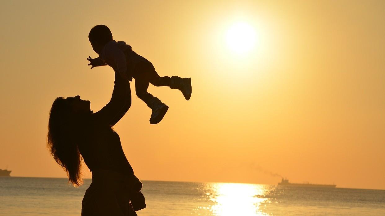 El valor del agradecimiento enaltece a los hijos / Vânia Raposo Pixabay